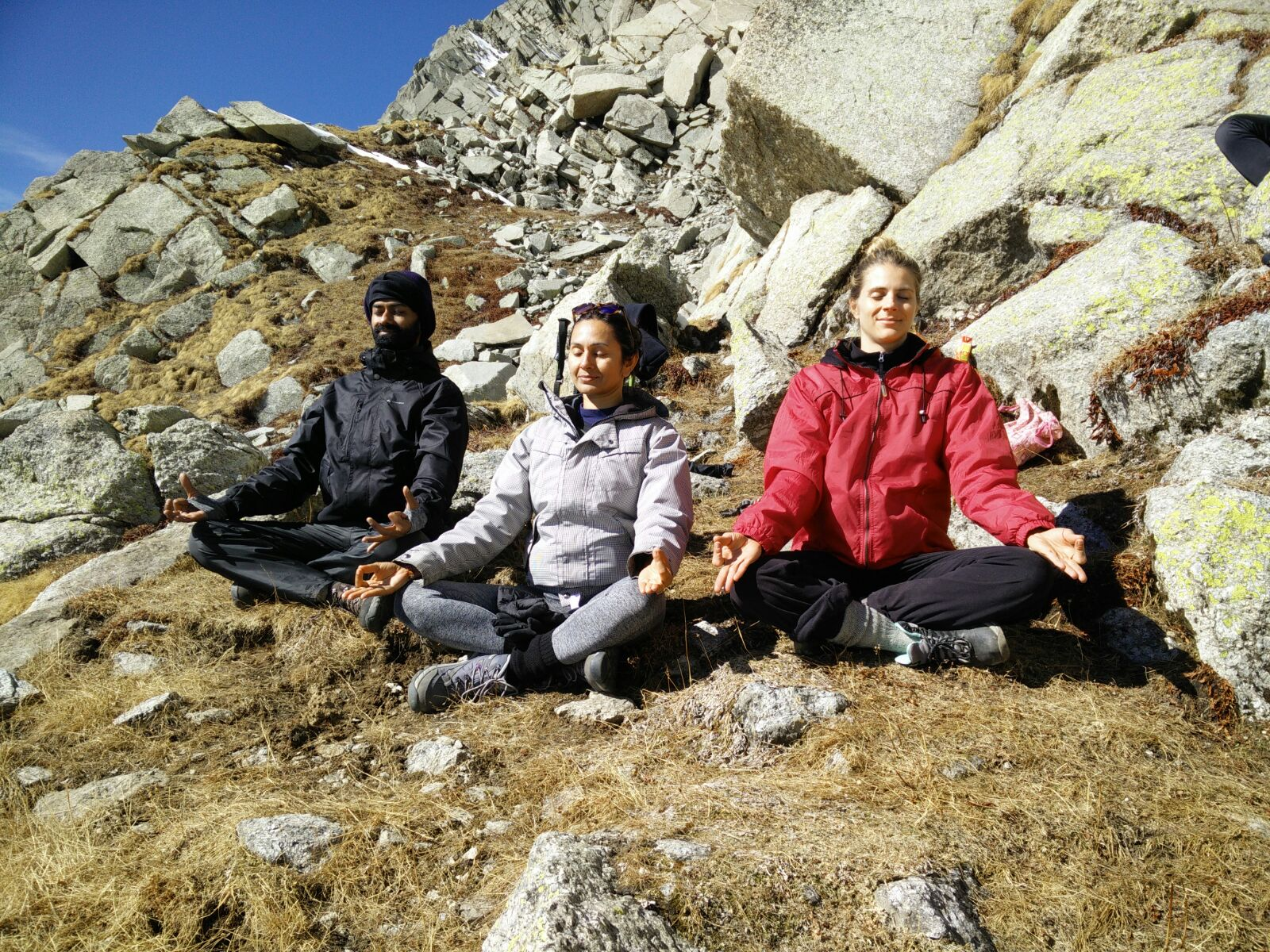 yoga. total yoga, what is yoga?, international yoga day, world yoga day, yogaday, India yoga, yoga in the himalayas, yomasteladakh, ladakh yoga, darjeeling yoga, yomaste yoga retreat, yogis, manish pole, neetu singh